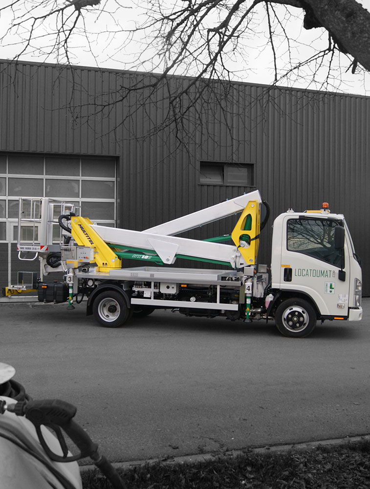 Truck mounted boom lift 20m